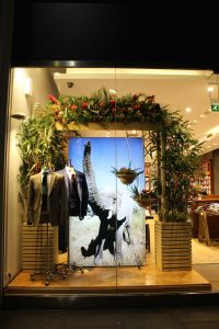tm lewin chelsea in bloom retail design visual merchandising bespoke prop manufacturer window display